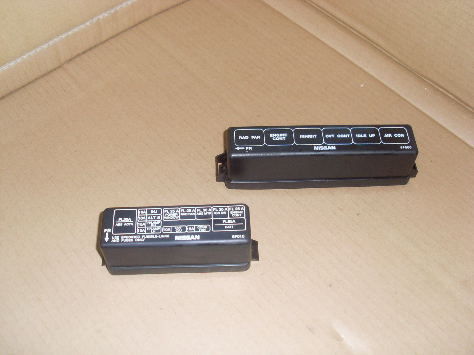 nissan micra k11 models from 1993 to 1998 engine bay fuse box cover