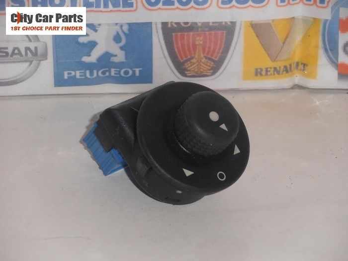 Genuine Citroen Peugeot Wing Mirror Control Switch Part No
