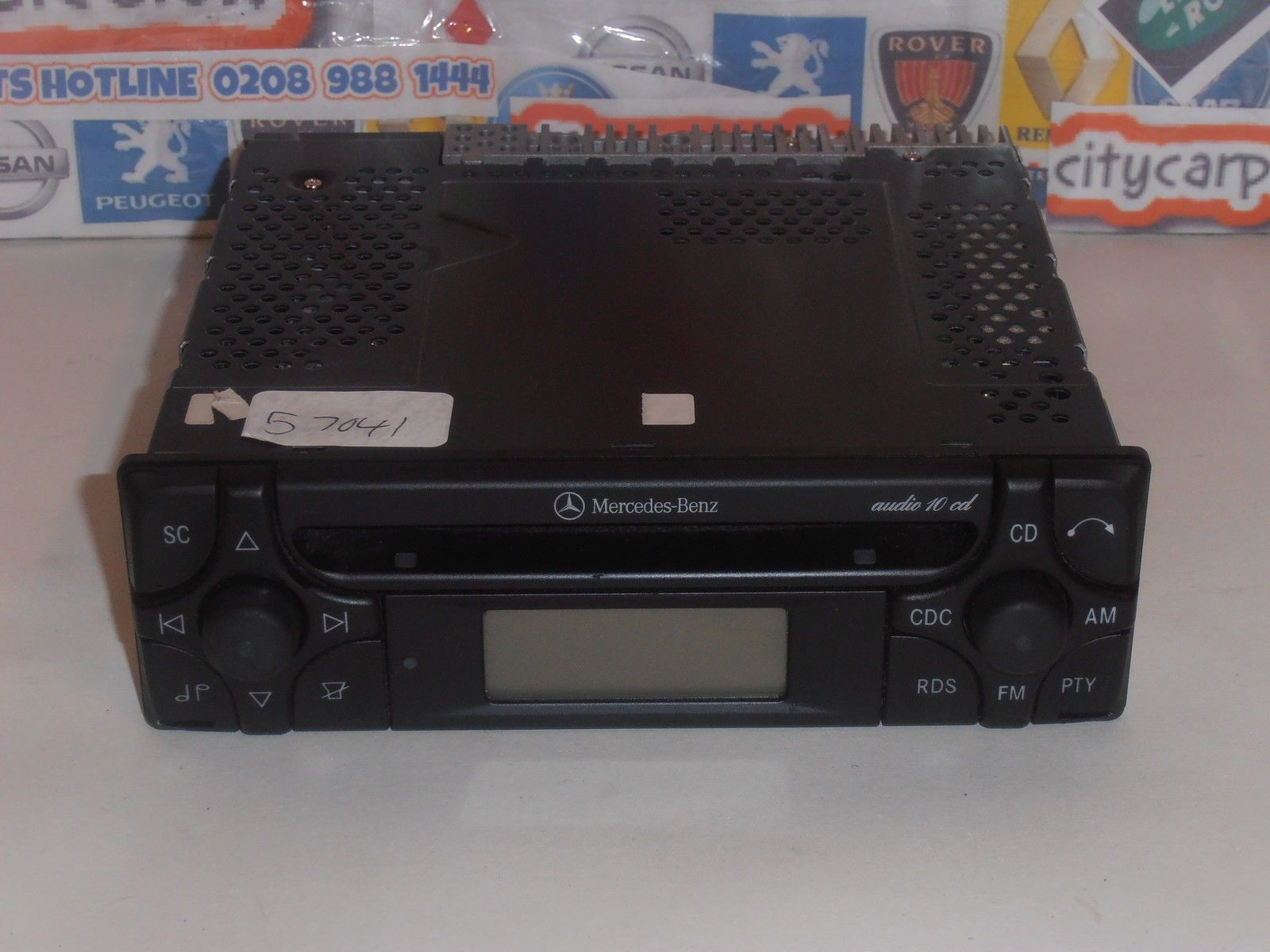 Mercedes benz audio 10 radio cd player stereo ml clk a c for Mercedes benz audio upgrades