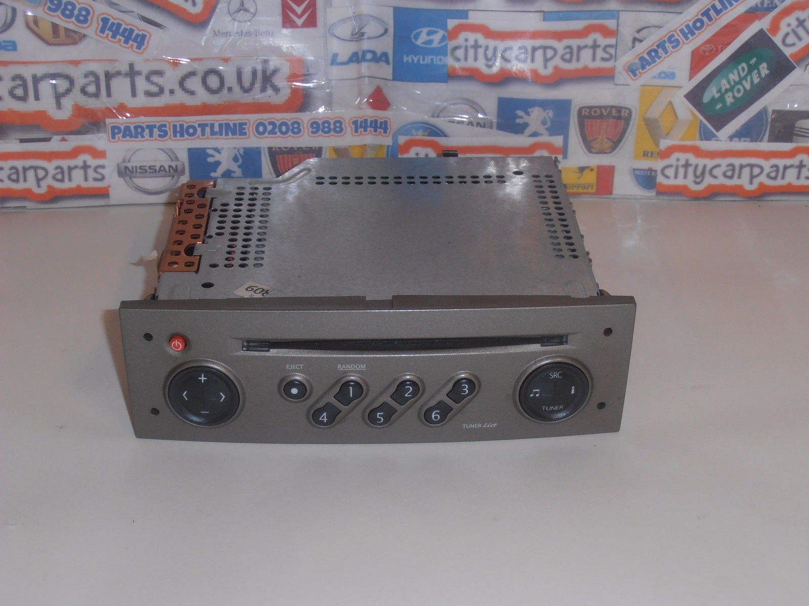 RENAULT MEGANE II & SCENIC II CD PLAYER RADIO STEREO TUNER LIST WITH